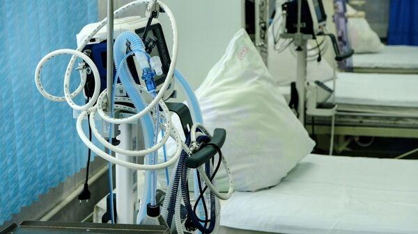 Аппарат для ИВЛ в больнице, архивное фото - Sputnik Беларусь