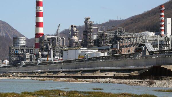 Туапсинский нефтеперерабатывающий завод - входит в состав НК Роснефть - Sputnik Беларусь