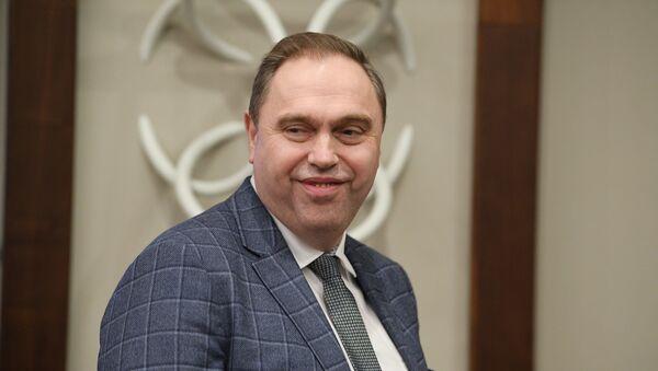 Министр здравоохранения Владимир Караник на брифинге ВОЗ - Sputnik Беларусь