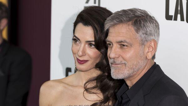 Амаль и Джордж Клуни - Sputnik Беларусь