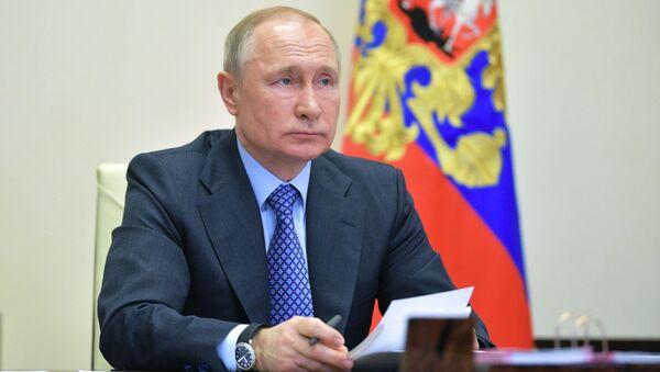 Пуцін: патрэбныя экстраардынарныя меры для спынення распаўсюджвання каронавіруса - Sputnik Беларусь