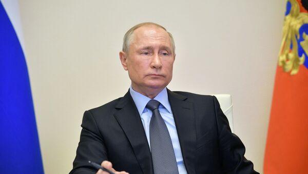 Пуцін праводзіць нараду з урадам - Sputnik Беларусь