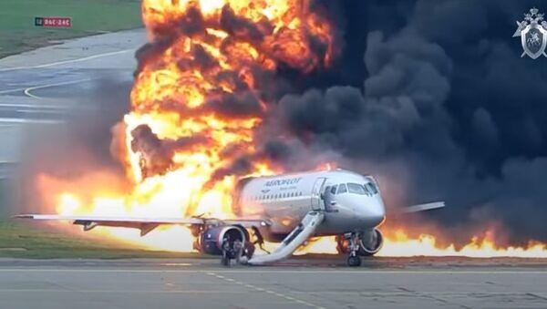 Авиакатастрофа в Шереметьево, видео - Sputnik Беларусь