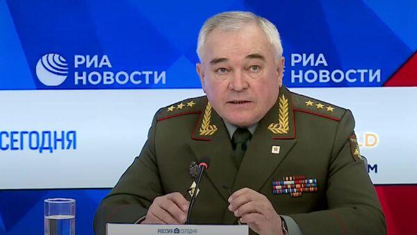 Макараў: Бессмяротны полк сёлета будзе віртуальным - Sputnik Беларусь