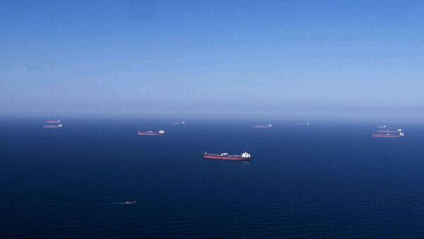 Танкеры з нафтай кампаніі Saudi Аramco - Sputnik Беларусь