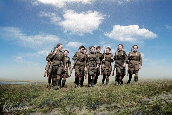 Дзяўчыны-снайперы. 2-і Беларускі фронт, 1 чэрвеня 1944 года. - Sputnik Беларусь