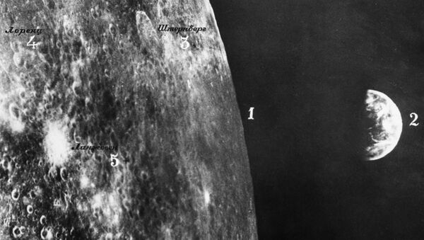 Фотография Луны и Земли, сделанная космическим аппаратом Зонд-6 - Sputnik Беларусь