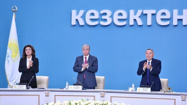 Дарига Назарбаева, президент Казахстана Касым-Жомарт Токаев и экс-президент Казахстана Нурсултан Назарбаев - Sputnik Беларусь