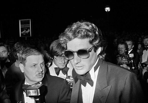 19 мая 1979 года актер Ричард Гир представляет Дни жатвы Терренса Малика на Каннском международном кинофестивале. - Sputnik Беларусь