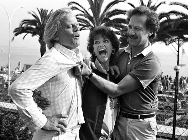 21 мая 1982 года актеры Клаус Кински, Клаудия Кардинале и немецкий режиссер Вернер Херцог представляли на Каннском кинофестивале приключенческую ленту Фицкарральдо. - Sputnik Беларусь