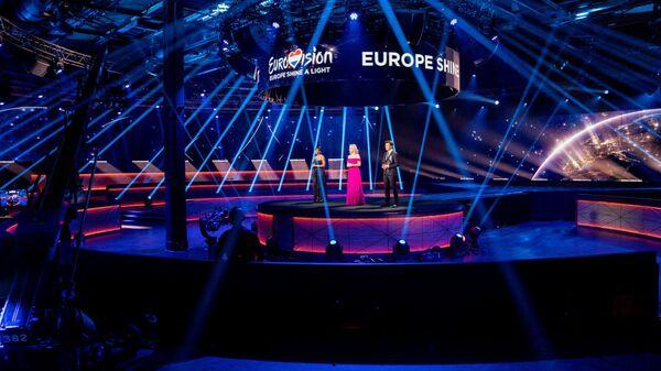 Ведущие онлайн-концерта Europe Shine A Light - Sputnik Беларусь