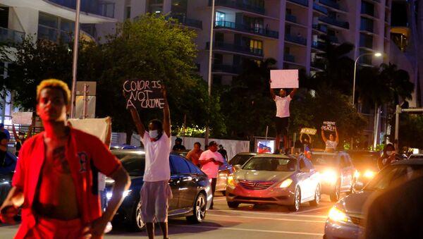 Массовые протесты на улицах Флориды - Sputnik Беларусь
