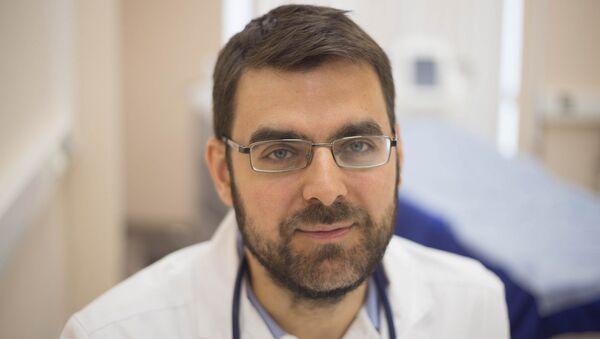 Врач-вирусолог, директор научного информационного центра по профилактике и лечению вирусных инфекций Георгий Викулов - Sputnik Беларусь