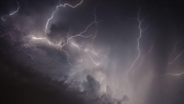 Молния, архивное фото - Sputnik Беларусь
