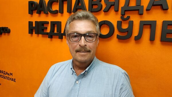 Некаторая расслабленасць насцярожвае: доктар Часноў аб COVID-19 - Sputnik Беларусь
