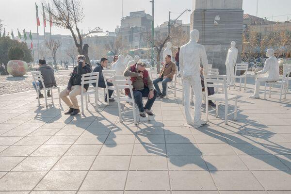 Работа иранского фотографа Йунеса Хани Сомех Софлаи Искаженные горизонты, вошедшая в шорт-лист конкурса имени Андрея Стенина в категории «Моя планета. Серия фотографий» - Sputnik Беларусь