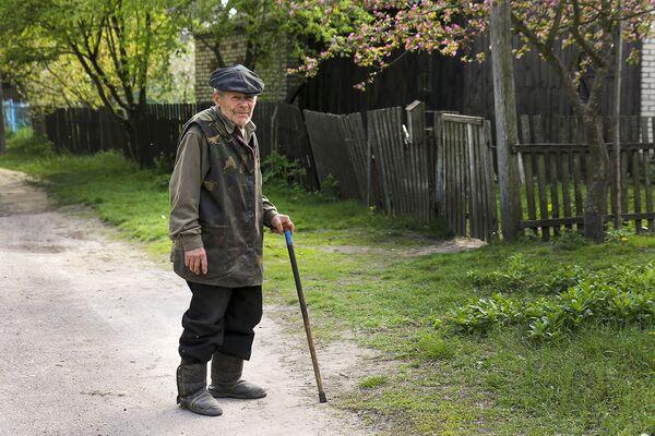 Житель Погоста Карп Николаевич Занкевич, бывший узник, был угнан в Германию. - Sputnik Беларусь