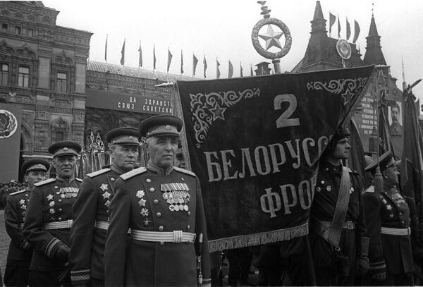 Воины 2-го Белорусского фронта. - Sputnik Беларусь