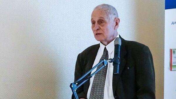 Заведующий отделом Национального исследовательского центра эпидемиологии и микробиологии Минздрава РФ Александр Бутенко - Sputnik Беларусь