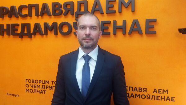 Маскалев: где в Беларуси можно проголосовать по поправкам в Конституцию РФ - Sputnik Беларусь