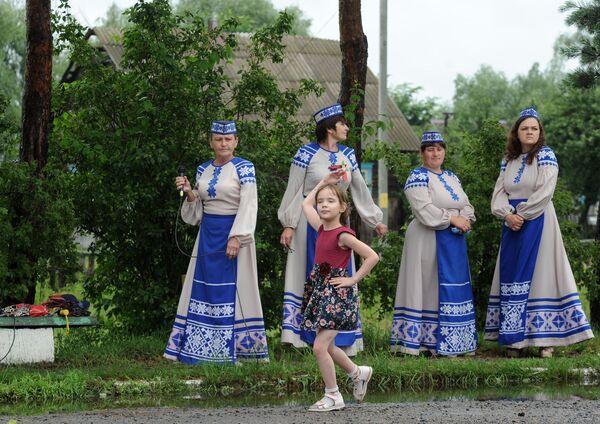 Вся Беларусь - от столицы до самых маленьких деревень - отмечала главный государственный праздник.  - Sputnik Беларусь