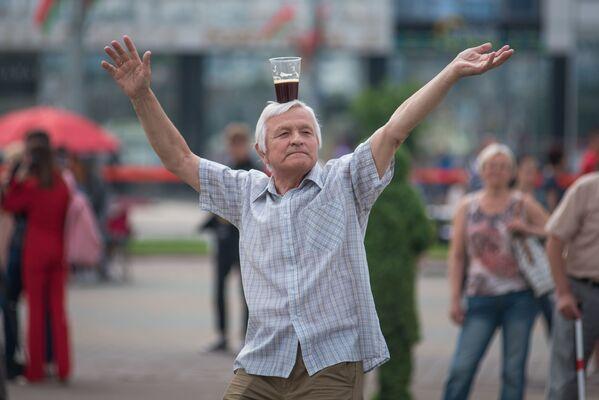 День Независимости настоящий народный праздник и отмечать его нужно с размахом - Sputnik Беларусь